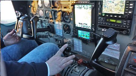 Cockpit einer Cesna